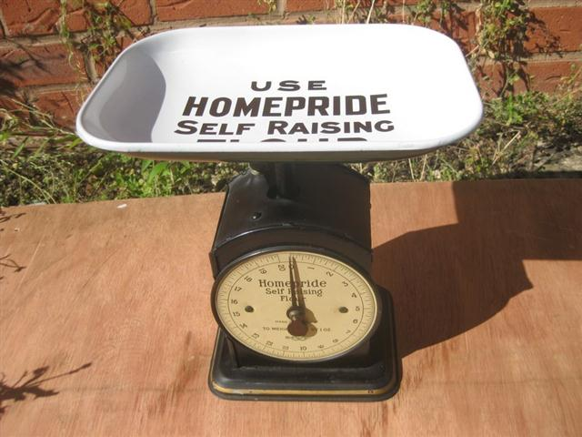 Old Shop Stuff An Enamel Homepride Set Of Kitchen Scales
