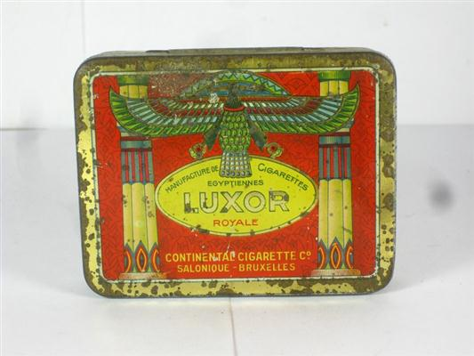 old shop stuff old tobacco cigarette tin luxor royale boite ancienne egyptiennes for sale 19685. Black Bedroom Furniture Sets. Home Design Ideas